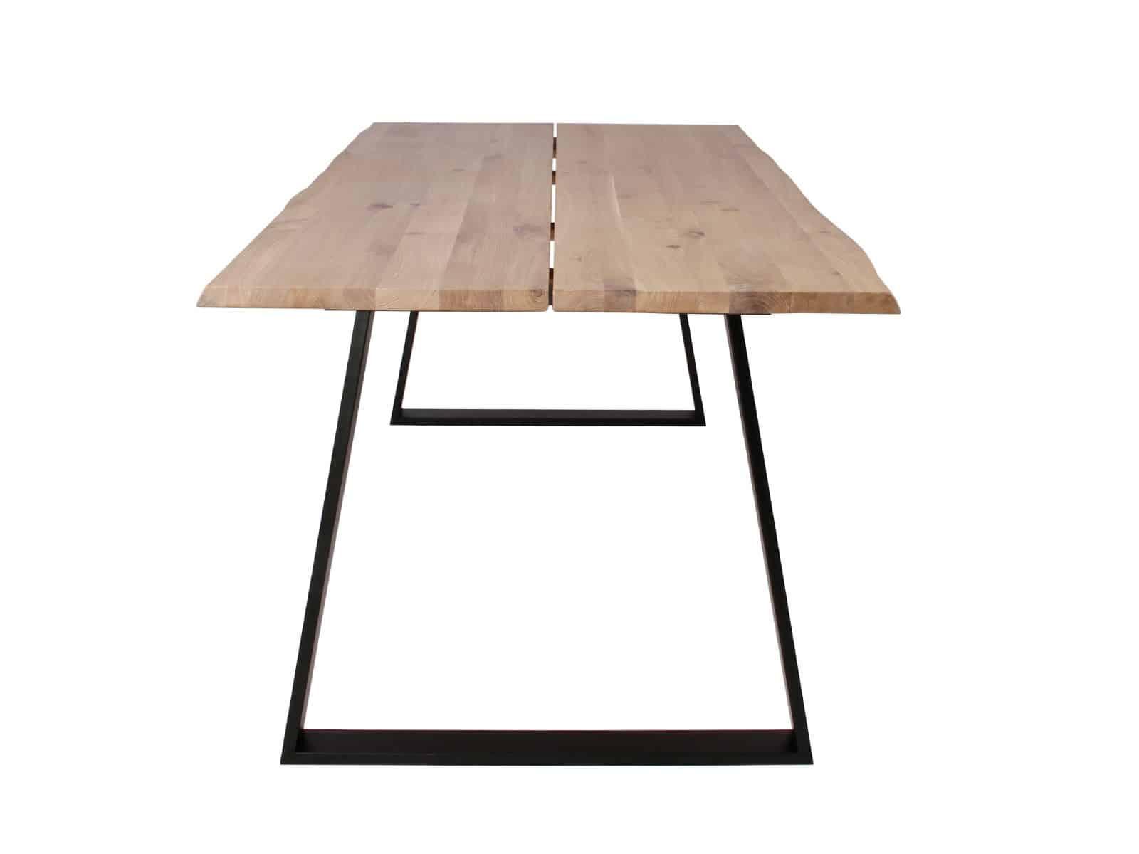 Sort Trapez stel på plankebord