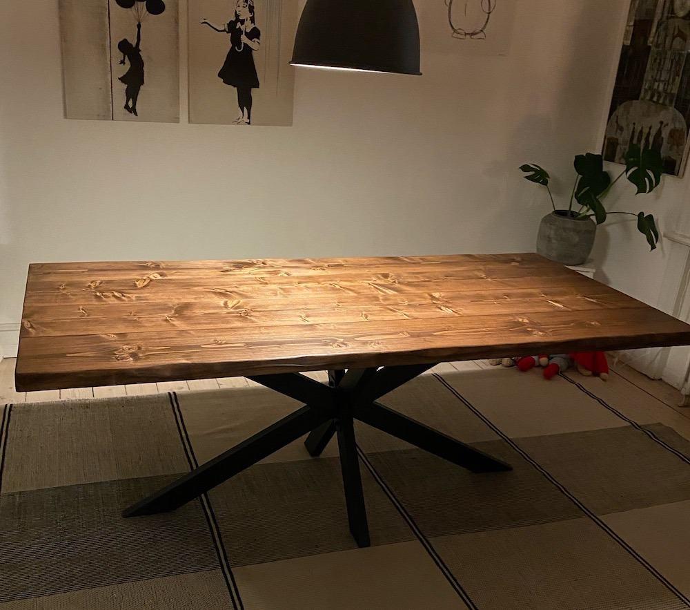 """alt=""""Plankebord fyrretræ starbase"""""""